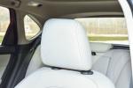 宝马2系旅行车驾驶员头枕图片
