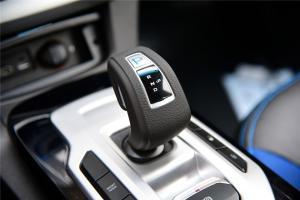 帝豪EV300换挡杆