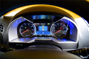 帝豪EV仪表盘背光显示