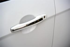 帝豪EV300车门外拉手