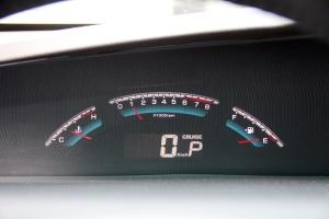 新大7 MPV仪表盘背光显示图片