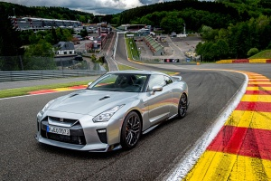 日产GT-R新款GT-R 外观图片