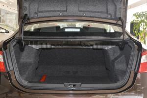 A30行李箱空间
