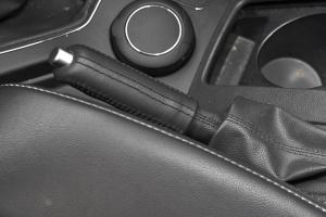 BJ80驻车制动(手刹,电子,脚刹)