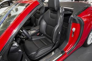 奔驰SL级驾驶员座椅图片