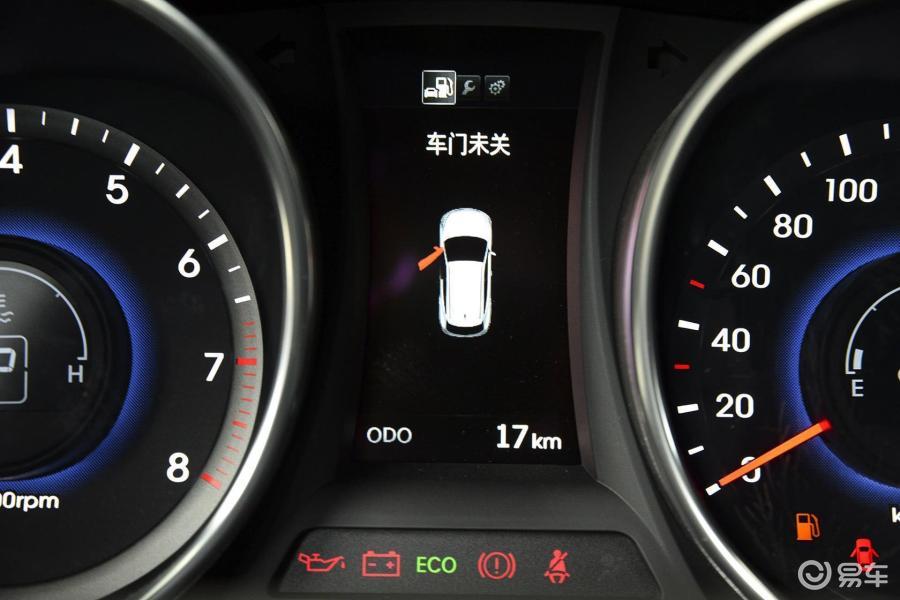 北京现代  胜达 2015款  2017款  2015款  2013款  2.图片