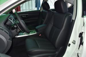 天籁驾驶员座椅图片