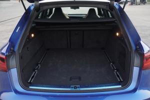 奥迪RS6行李箱空间图片