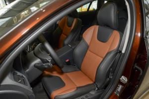 沃尔沃V60 Cross Country 驾驶员座椅