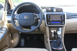 Z300完整内饰(驾驶员位置)