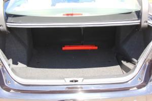 Z300行李箱空间