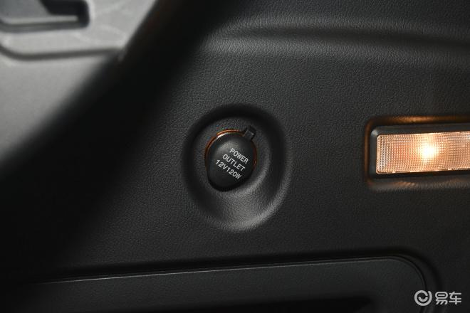 吉利远景SUV 内饰高清图片