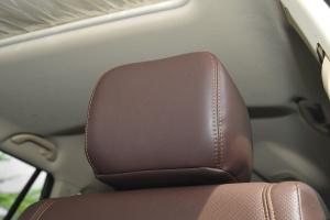 野马T70驾驶员头枕图片