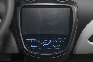 江铃E200               中控台空调控制键