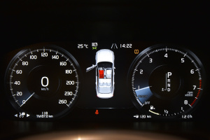 进口沃尔沃S90 仪表盘背光显示