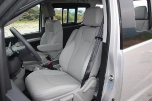 瑞风M4                 驾驶员座椅