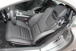 奔驰SLC级驾驶员座椅图片