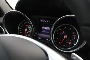 奔驰SLC级仪表盘图片