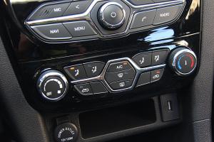 开瑞K60 中控台空调控制键