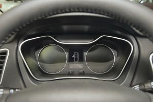 吉利远景SUV仪表盘背光显示图片