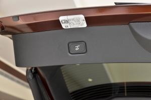 MKX2015款 2.0T 四驱 尊雅版 外观朱砂红 内饰黑色
