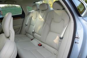 沃尔沃S90长轴版后排座椅图片