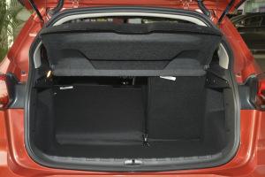 雪铁龙C3-XR 行李箱空间