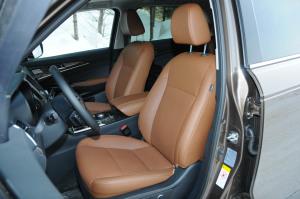 长安CS95驾驶员座椅图片