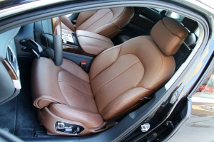 A8L驾驶员座椅