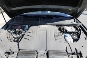Q7发动机