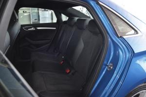 奥迪S3后排座椅图片