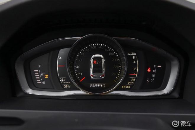 沃尔沃S60(进口)沃尔沃S60(进口)仪表盘