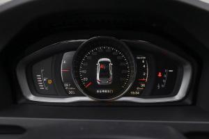 沃尔沃S60仪表盘图片