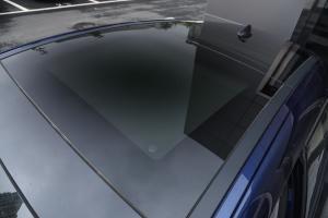 Stelvio2017款 2.0T 200HP 精英版 外观蒙特卡洛蓝 内饰黑色/棕色
