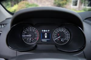 风度MX5仪表盘图片