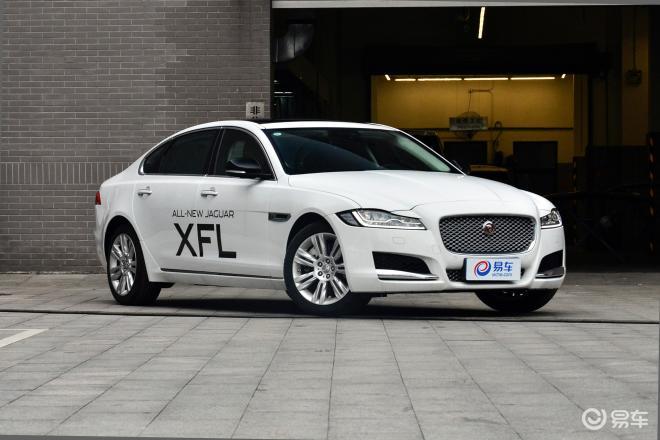 捷豹XFLXFL侧前45度车头向右水平