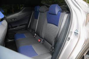 丰田C-HR后排座椅图片