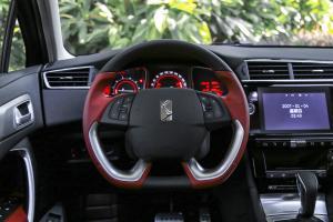 DS 4S方向盘图片