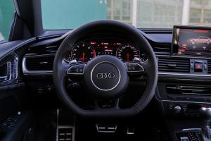 奥迪RS 7方向盘图片
