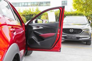 马自达CX-3后排座椅图片