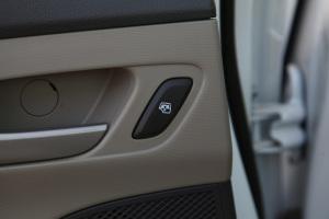 赛欧32018款 雪佛兰赛欧3 1.5L 手动 理想版