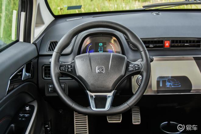 众泰E200E200方向盘