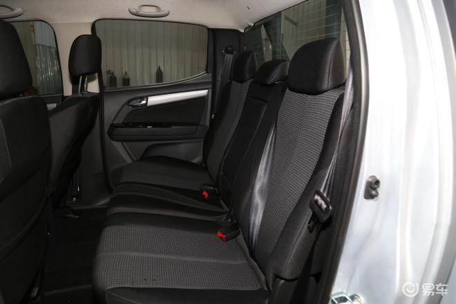 五十铃D-MAXD-MAX后排座椅