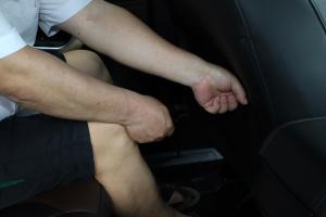 后排腿部空间体验