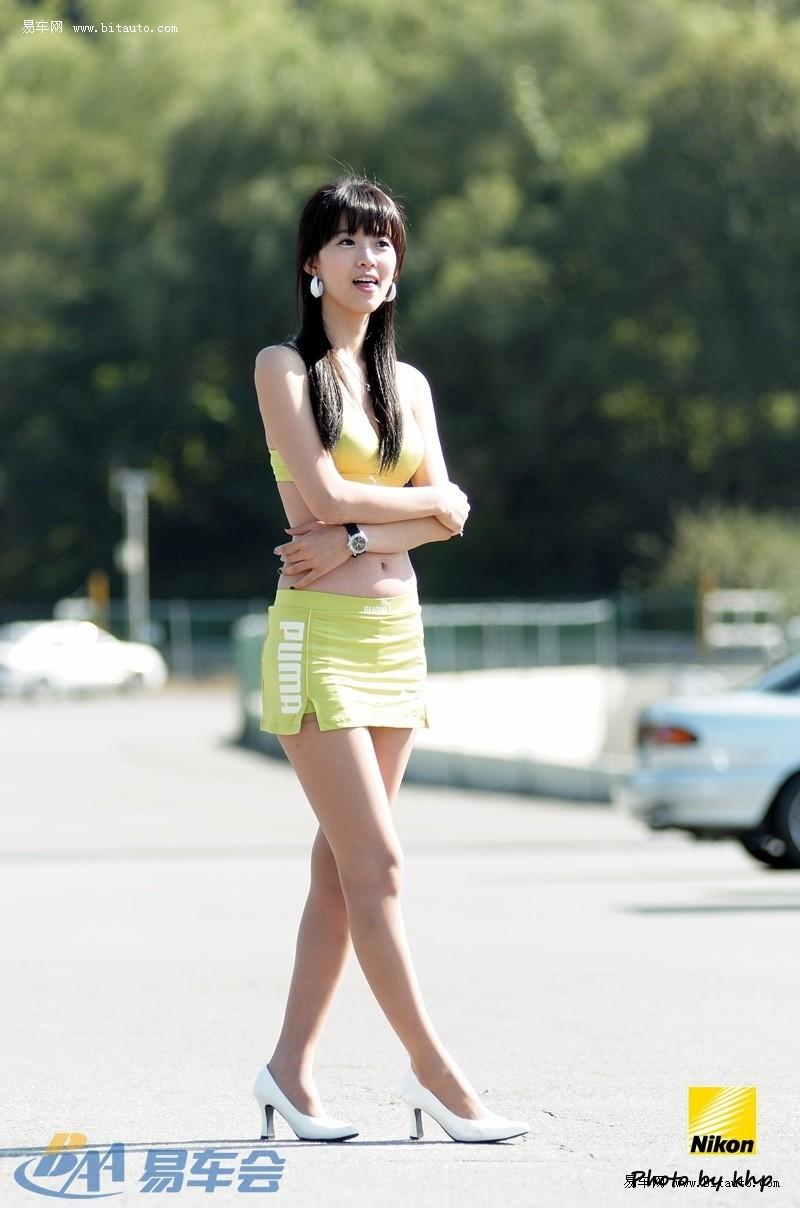 韩国闷骚美女室外写真车模风民国图片