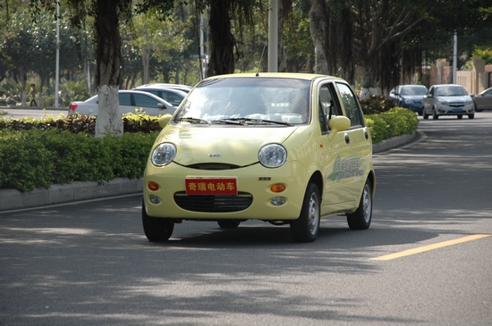汽车 左右/↑图:纯电动汽车轿车哪种好轿车汽车5万左右牌子同