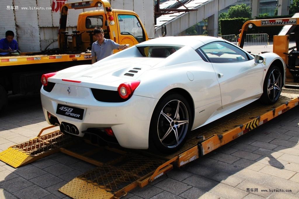 2011广州车展探馆 法拉利458 spider 高清图片