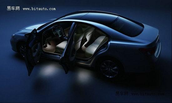驾驶感受,无论是商用还是家用,都是比较好的选择. es240在外高清图片