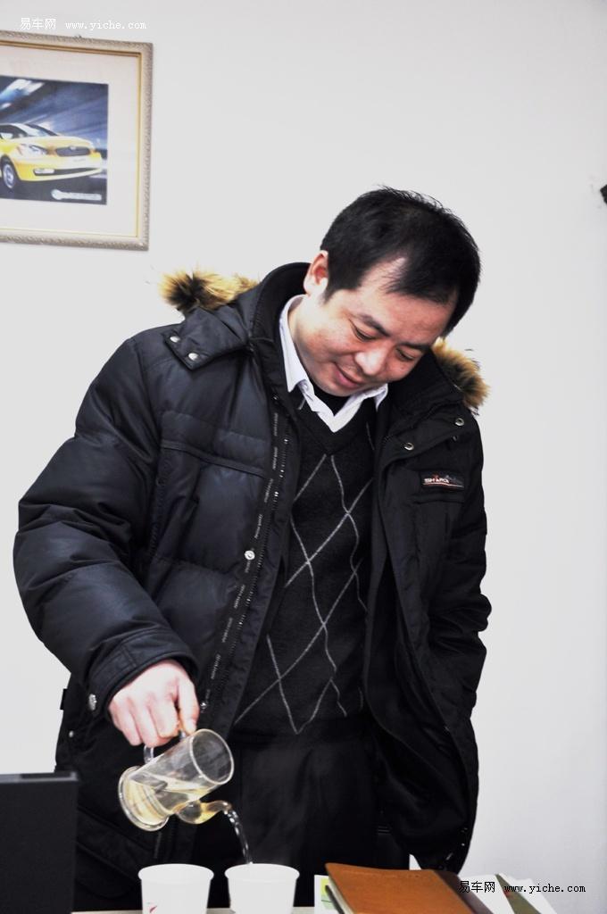主持人刘澜_易车网独家专访北京现代华美店经理刘澜