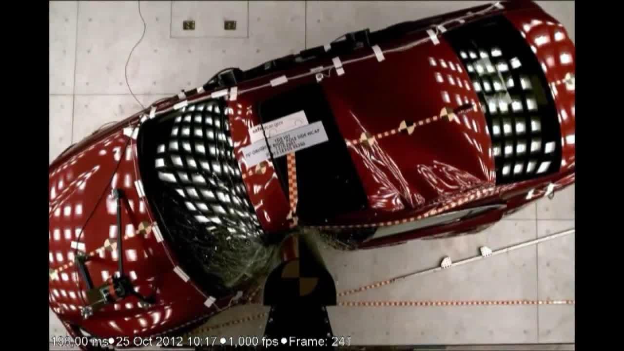 2013款雷克萨斯ES系列车型碰撞测试